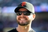 Boston contrató al jardinero Cody Ross